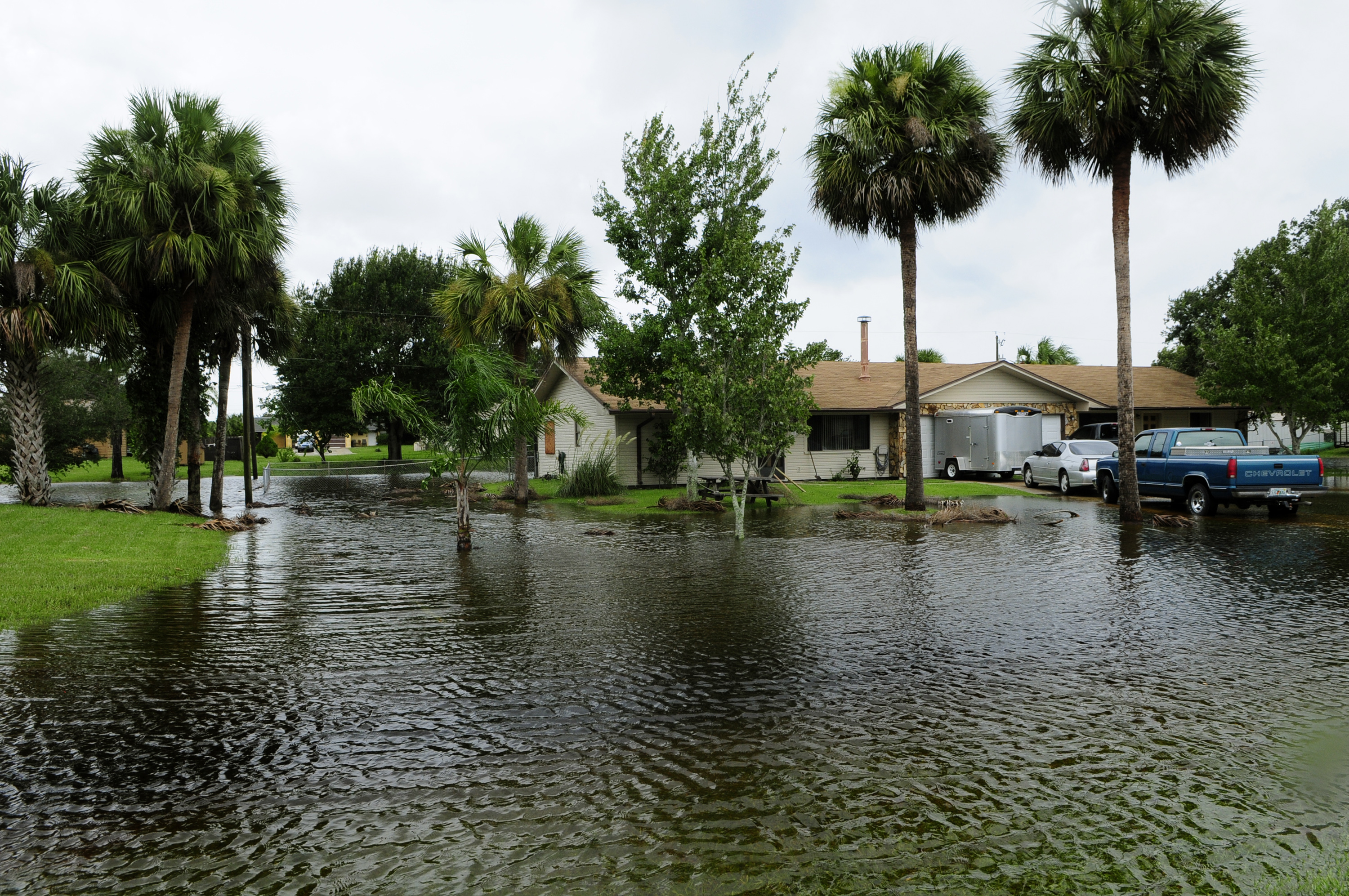 FEMA_-_37590_-_Community_Flooding_in_Florida.jpg